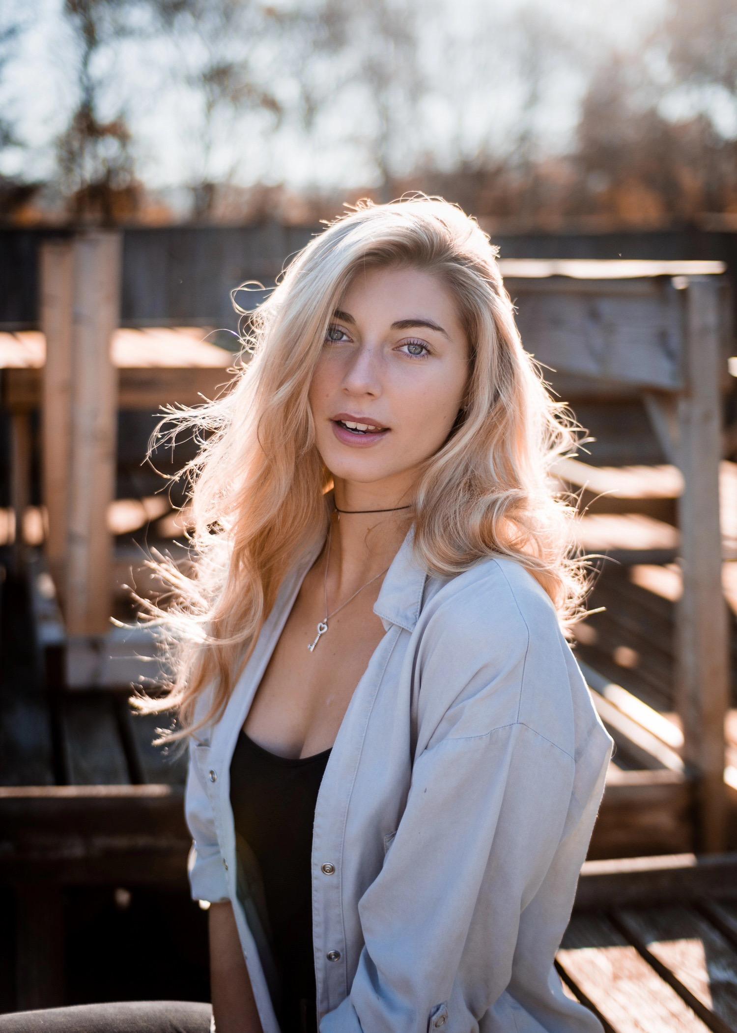 Shine-Female-Model-London-Ella-Commerical-006.jpg#asset:51494