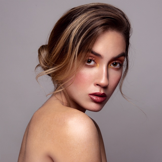 Shine-Female-Model-Sarah-P-Petite-NYC-008_200508_190832.jpg#asset:51472