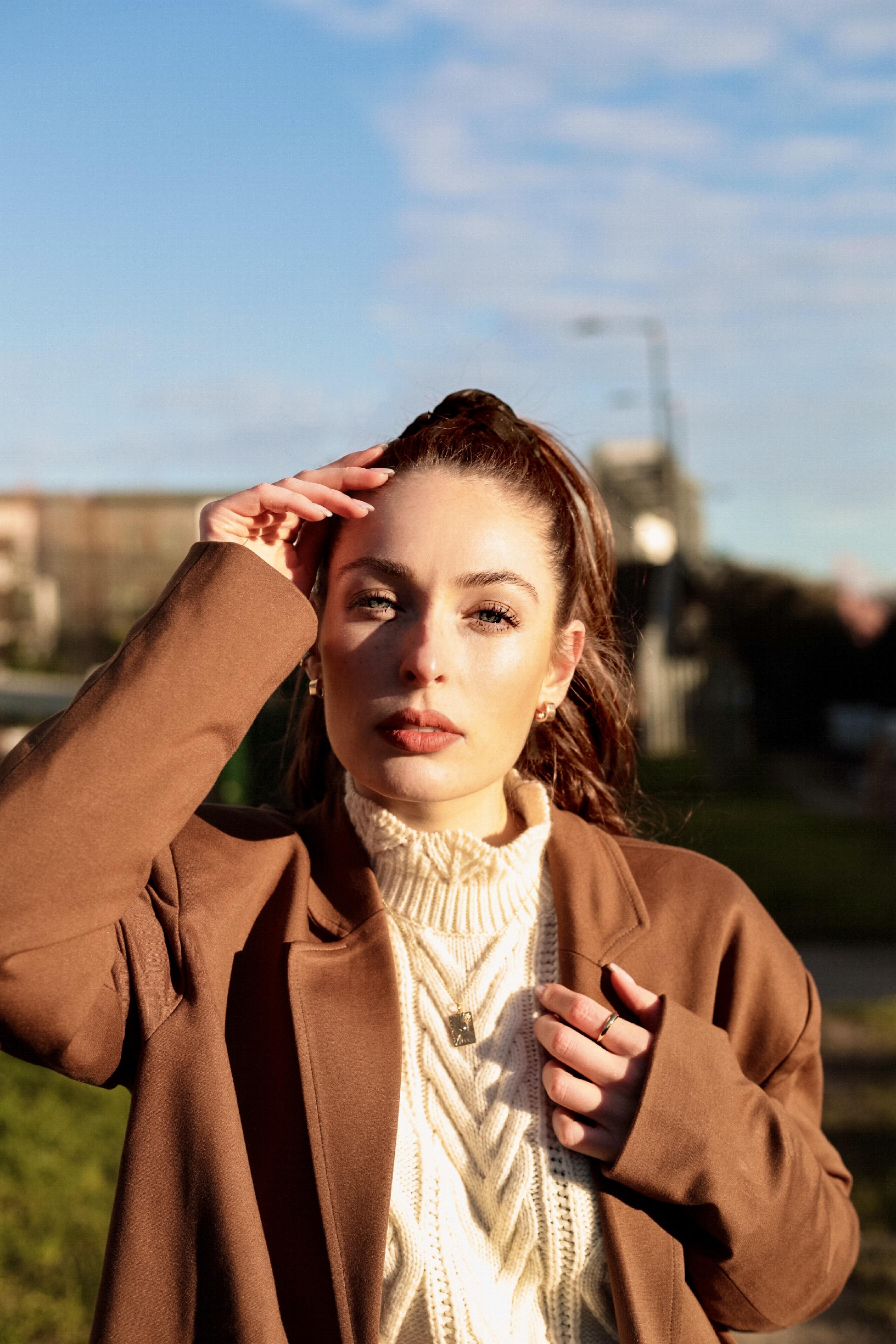 Shine-Female-Model-Valentina-London-Red-Hair-08.jpg#asset:52830