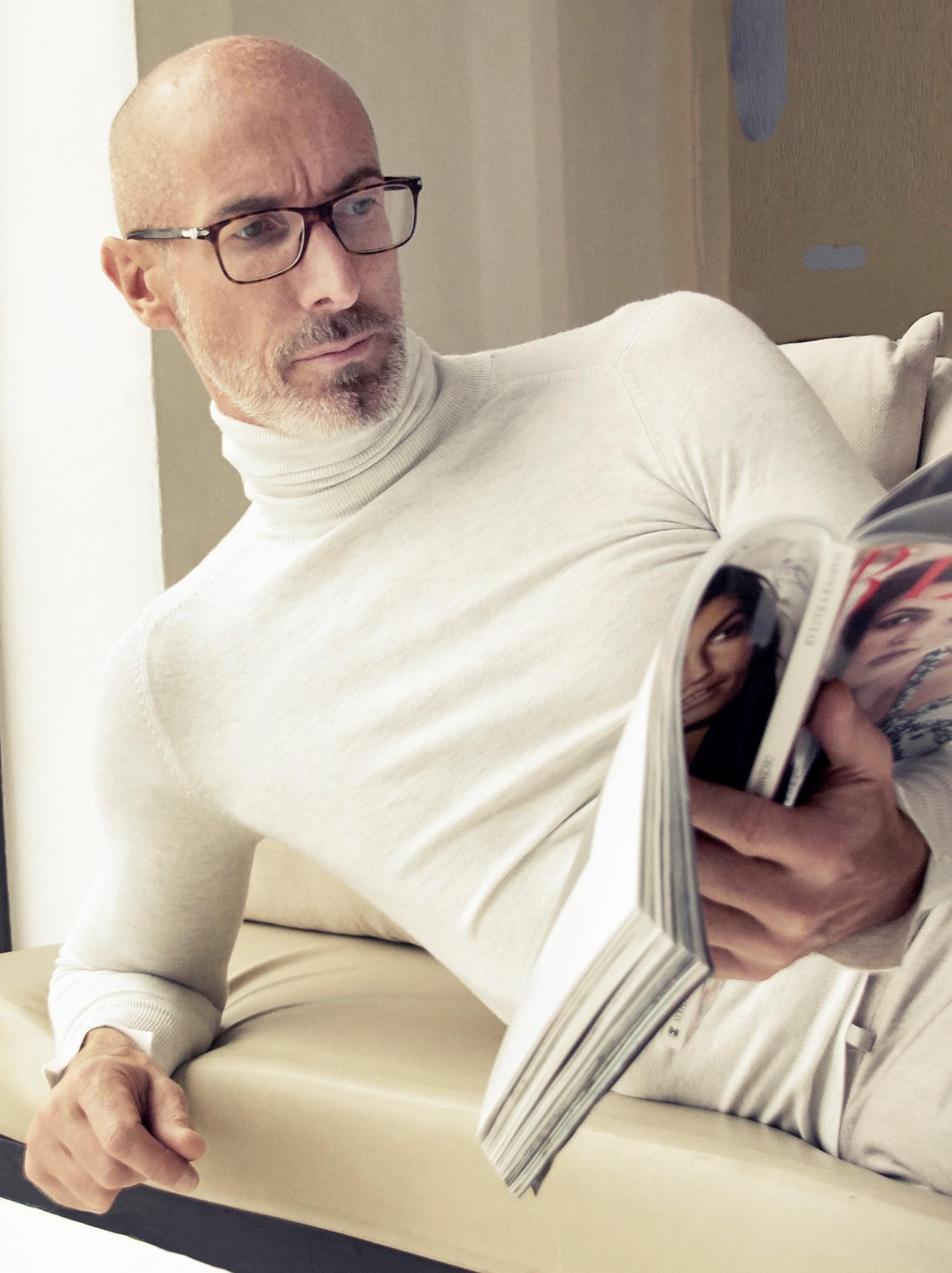 Shine-Male-Mature-Classic-Model-London-Editoral-Stefano-08-2.jpg#asset:46077