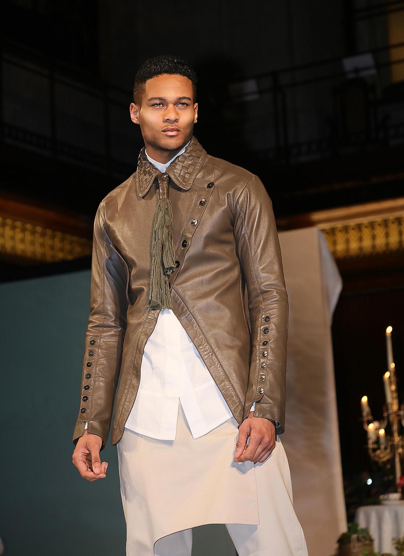Shine-Male-Model-Terone-London-Catwalk-Editoral-02.jpg#asset:44525