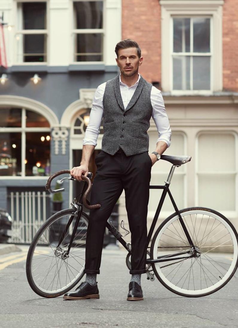 Shine-Male-Models-Manchester-Commerical-0.jpg#asset:51524