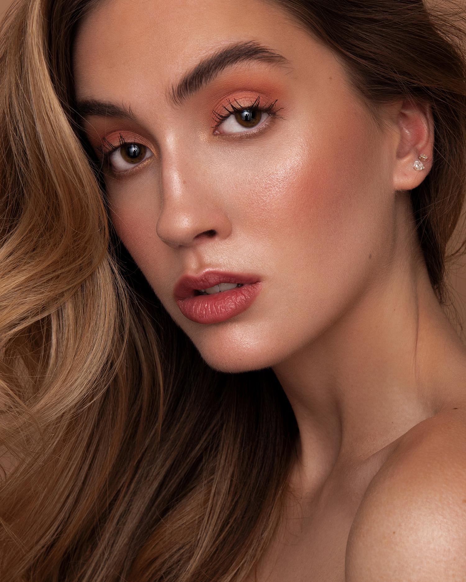 Shine-Model-Management-NYC-Petite-Sarah-01_210526_232238.JPG#asset:52755