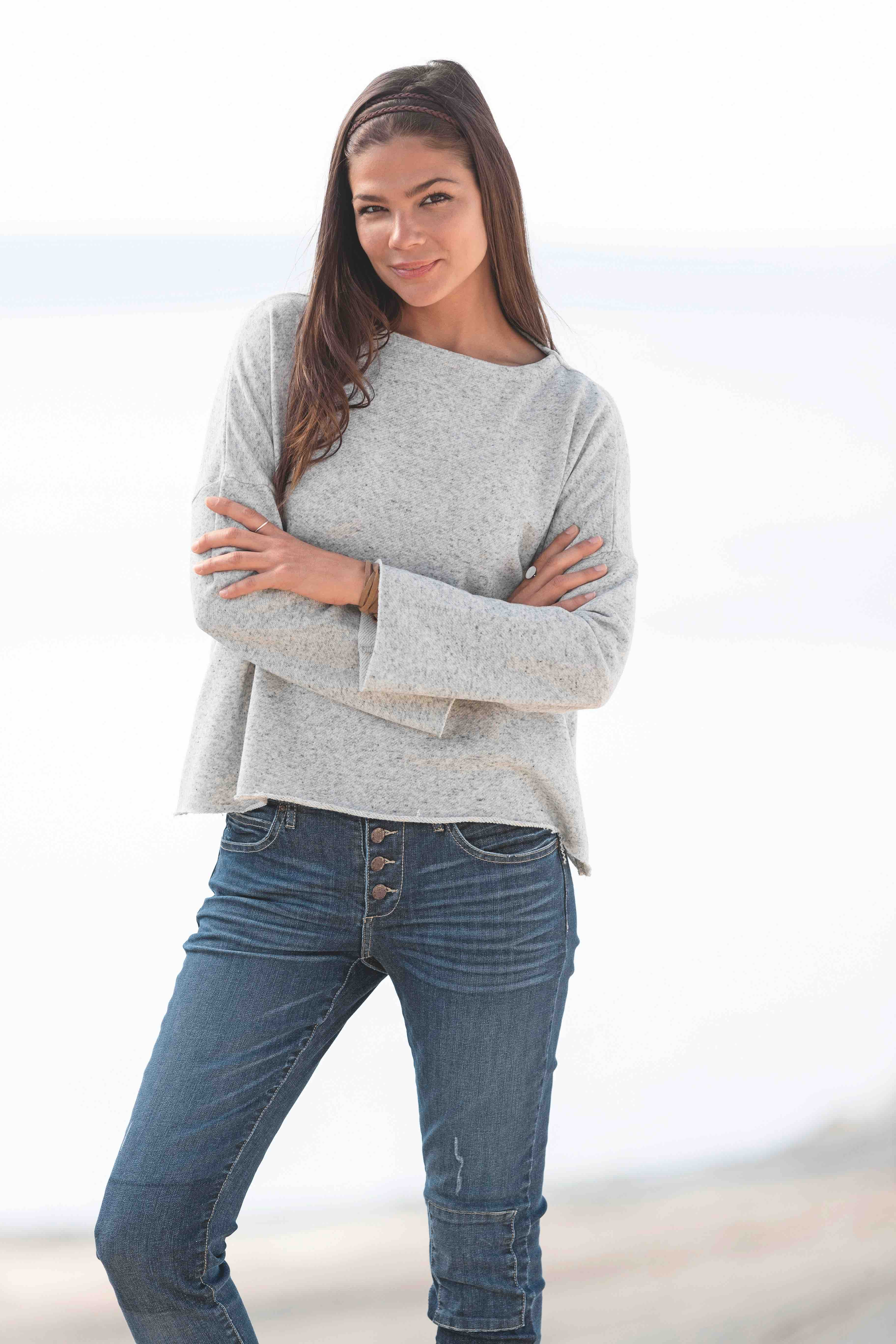 Web-Shine-Female-London-Model-Paula-High-Fashion-17.jpg#asset:51422